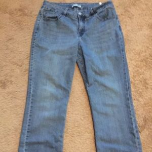 """Nice """"Lee Riders"""" Blue Jeans (Women's Size 10P)"""
